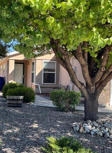 Photo of 332 ESCENA Street SE, Albuquerque, NM 87123 (MLS # 1001717)