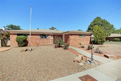 Photo of 3409 REINA Drive NE, Albuquerque, NM 87111 (MLS # 968717)