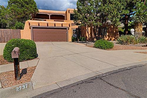 Photo of 2737 Casa del Norte Court NE, Albuquerque, NM 87112 (MLS # 995719)