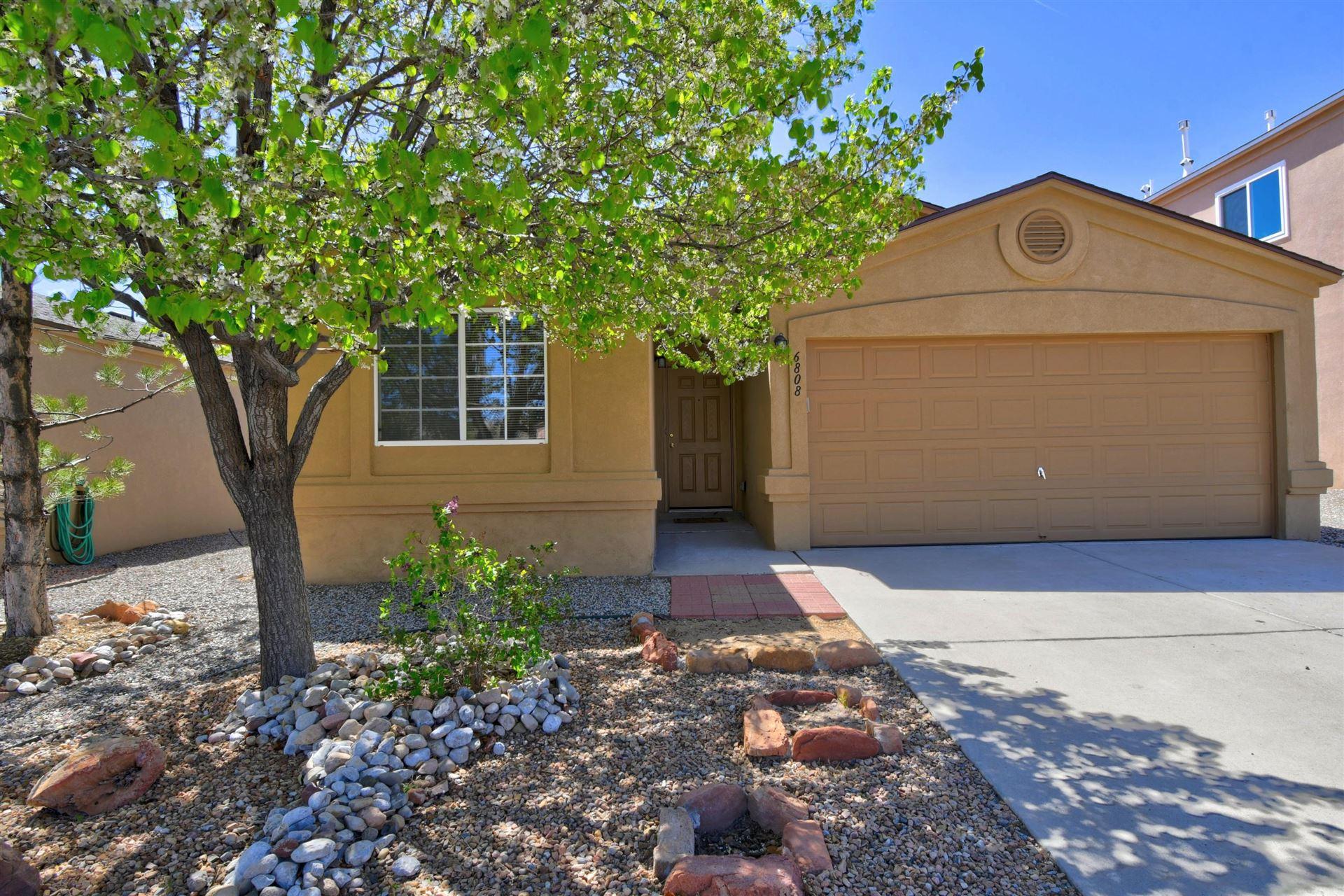 6808 CANDELIA Avenue NW, Albuquerque, NM 87114 - MLS#: 989721