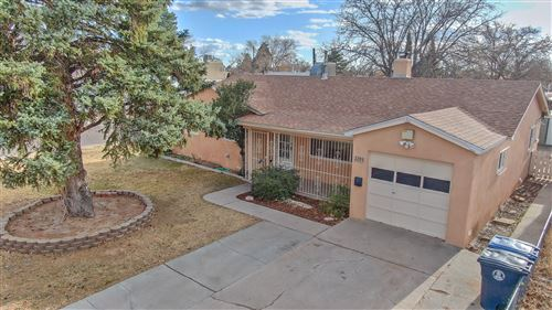 Photo of 2201 GLORIETA Street NE, Albuquerque, NM 87112 (MLS # 981722)