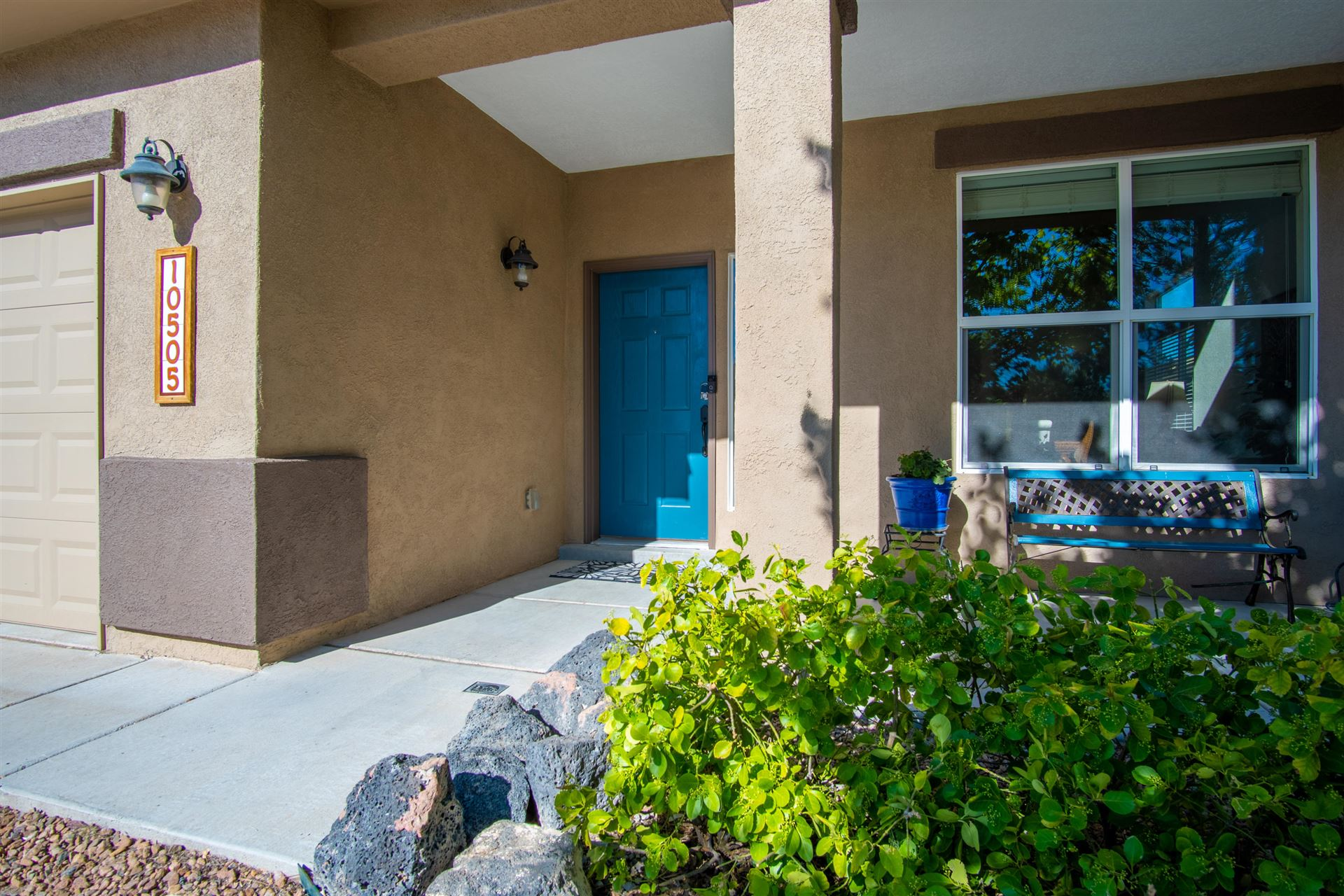 Photo of 10505 CHANCE Court NW, Albuquerque, NM 87114 (MLS # 971722)