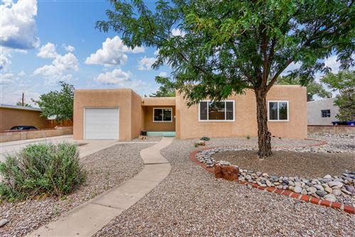 Photo of 4903 Idlewilde Lane SE, Albuquerque, NM 87108 (MLS # 996723)