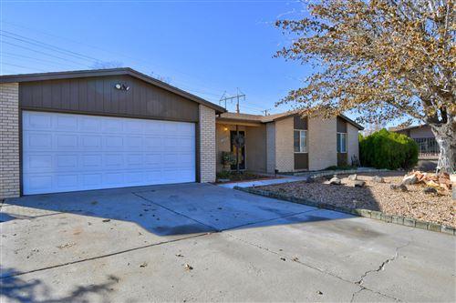 Photo of 7304 KRISTA Drive NE, Albuquerque, NM 87109 (MLS # 981724)