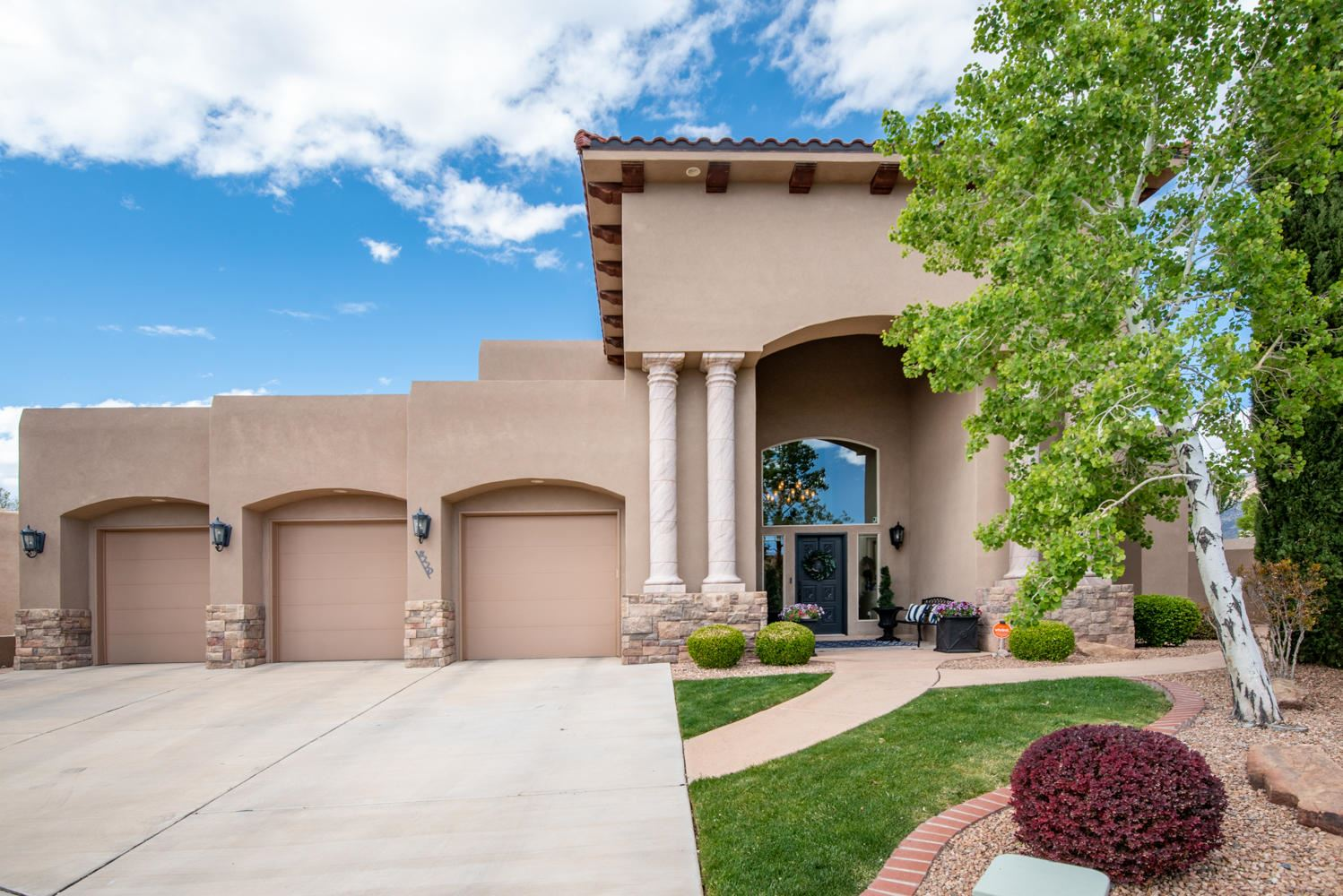 Photo of 8220 Grape Arbor Court NE, Albuquerque, NM 87122 (MLS # 966724)