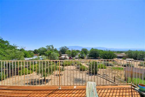Photo of 180 ITASCA Road SE, Rio Rancho, NM 87124 (MLS # 975725)