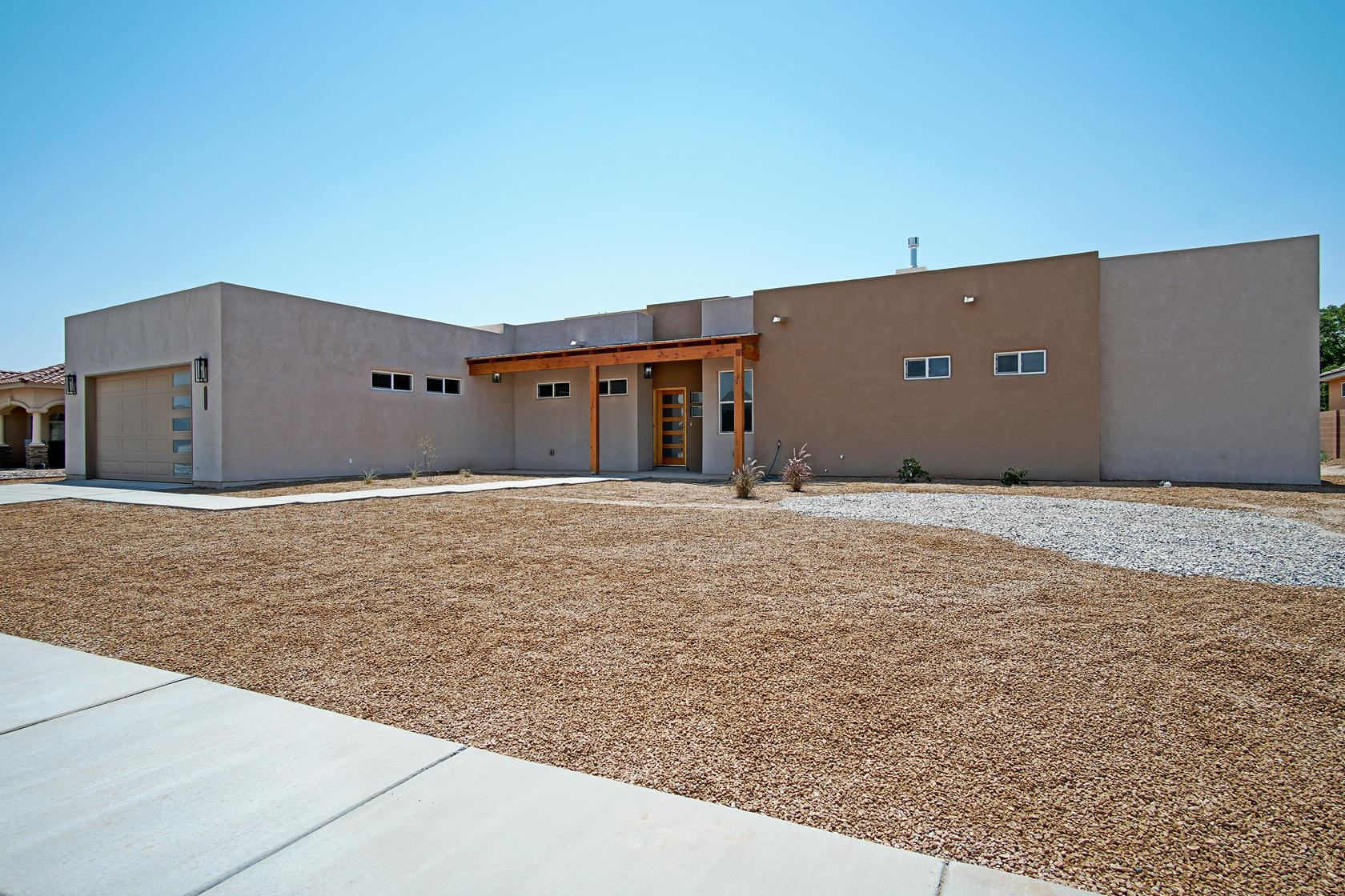 Photo of 5327 Susy Street SW, Albuquerque, NM 87105 (MLS # 994726)