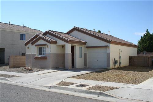 Photo of 10800 HABANERO Way SE, Albuquerque, NM 87123 (MLS # 971728)