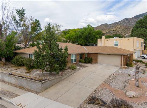 Photo of 4100 EMBUDITO Drive NE, Albuquerque, NM 87111 (MLS # 972730)