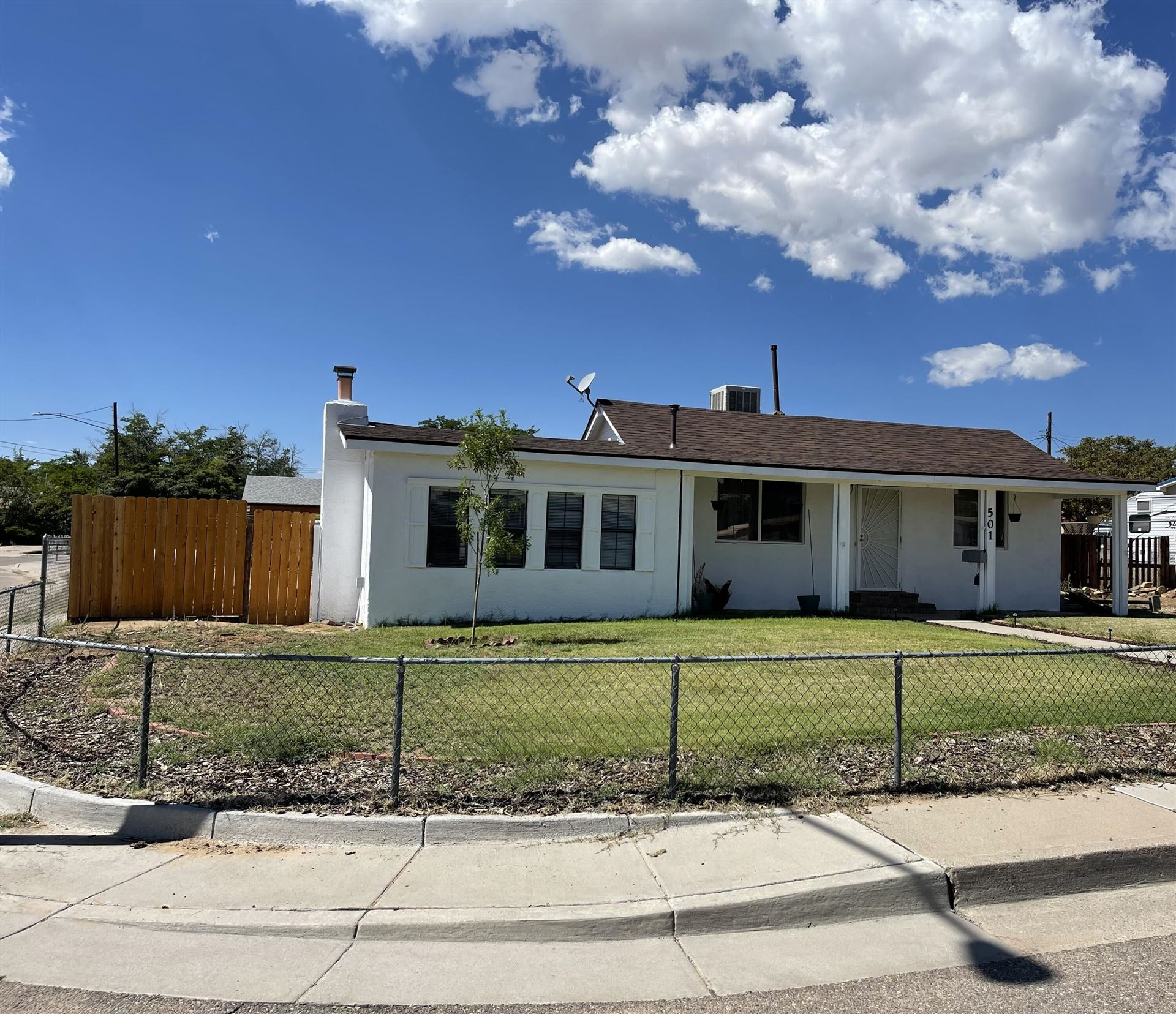 501 LOMA HERMOSA Drive NW, Albuquerque, NM 87105 - #: 999730