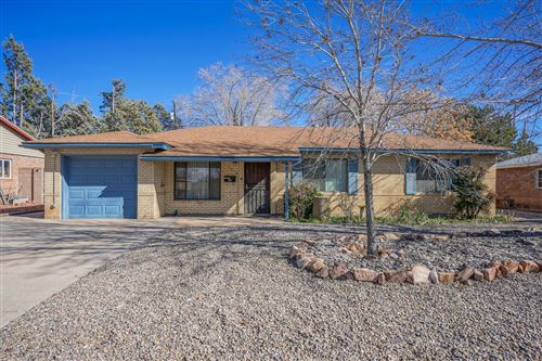 Photo of 1914 Hendola Drive NE, Albuquerque, NM 87110 (MLS # 961734)
