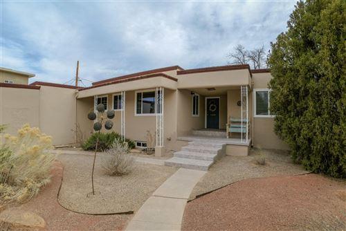 Photo of 1506 VISTA LARGA Court NE, Albuquerque, NM 87106 (MLS # 985738)
