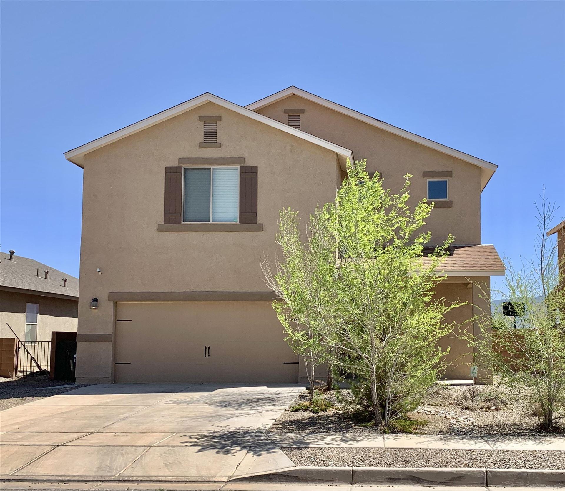 Photo of 1722 LARK Drive NE, Rio Rancho, NM 87144 (MLS # 989740)