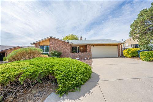Photo of 1313 Parsons Street NE, Albuquerque, NM 87112 (MLS # 1001741)