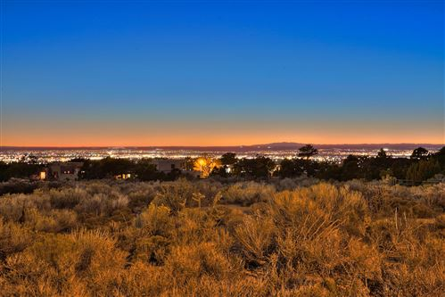 Photo of 4915 Cresta Del Sur Court NE, Albuquerque, NM 87111 (MLS # 944744)