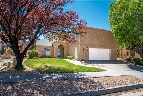 Photo of 8716 GREENARBOR Road NE, Albuquerque, NM 87122 (MLS # 989746)