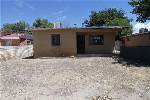 Photo of 1643 HOOPER Road SW, Albuquerque, NM 87105 (MLS # 971747)