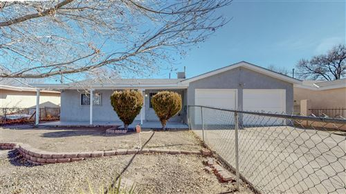 Photo of 4628 Valley Gardens Drive SW, Albuquerque, NM 87105 (MLS # 983748)