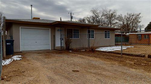 Photo of 320 Garduno Drive NW, Albuquerque, NM 87114 (MLS # 984752)