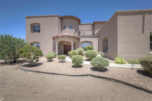 Photo of 10909 PINO Avenue NE, Albuquerque, NM 87122 (MLS # 971756)