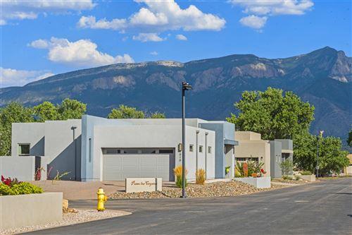 Photo of 916 PASEO LOS COYOTES, Bernalillo, NM 87004 (MLS # 974756)