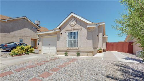 Photo of 8419 Cedarcroft Road NW, Albuquerque, NM 87120 (MLS # 991756)