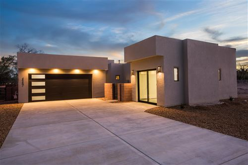 Photo of 3204 Maxum Lane NW, Albuquerque, NM 87104 (MLS # 965758)