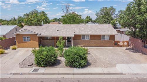 Photo of 4111 MESCALERO Road NE, Albuquerque, NM 87110 (MLS # 971759)