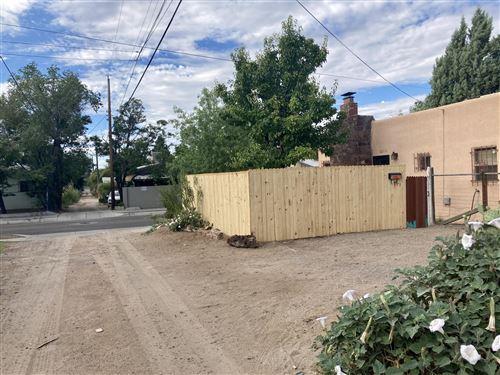 Photo of 2505 Coal Avenue SE, Albuquerque, NM 87106 (MLS # 1001760)
