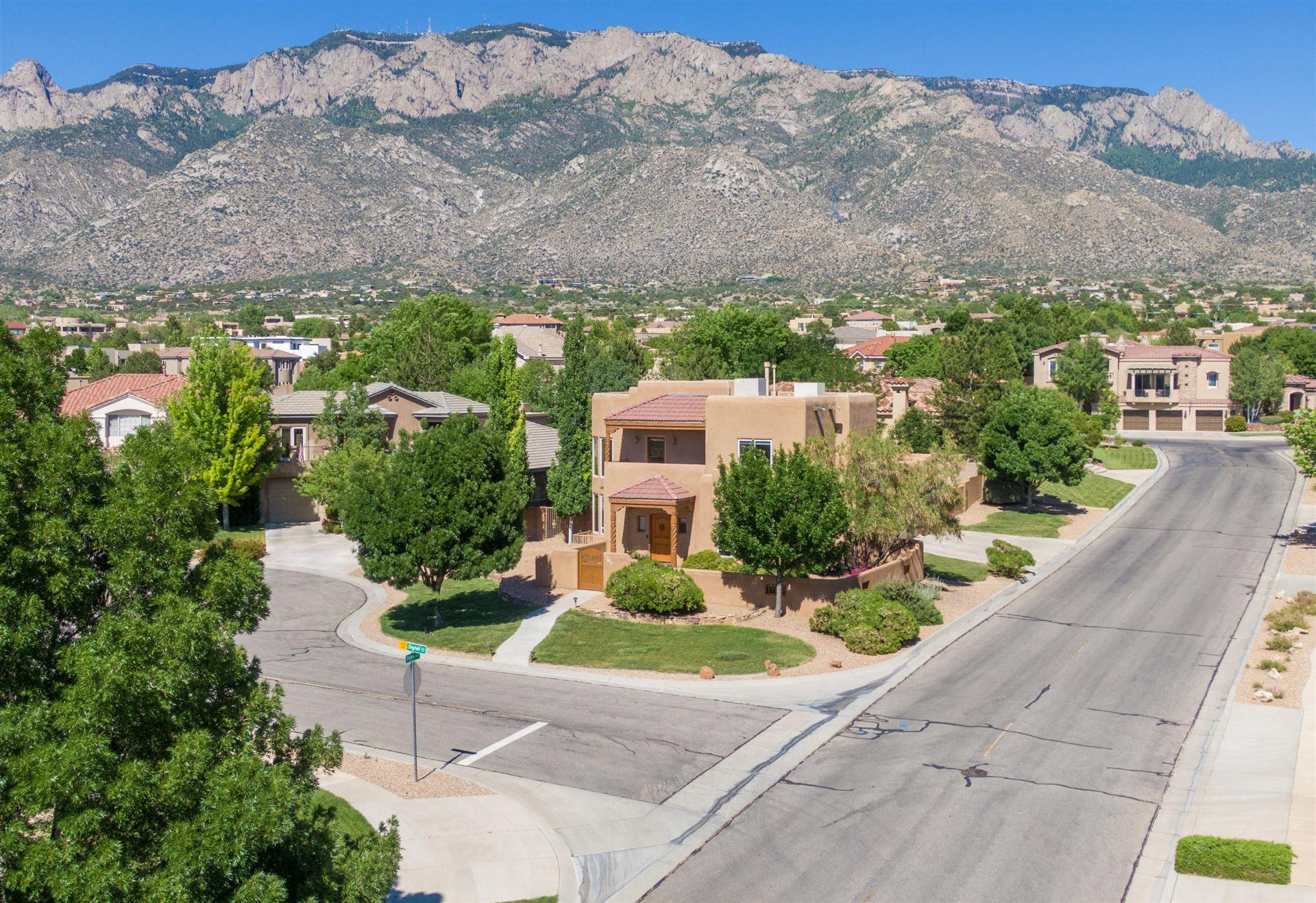 Photo of 8700 SIGNAL Court NE, Albuquerque, NM 87122 (MLS # 968760)