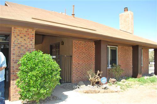 Photo of 501 PARKSIDE Place SE, Albuquerque, NM 87123 (MLS # 989764)
