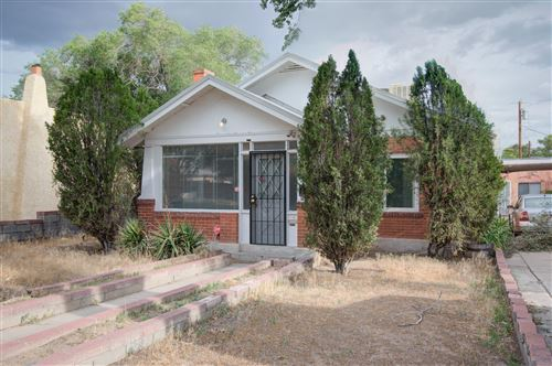 Photo of 2118 OXFORD Avenue SE, Albuquerque, NM 87106 (MLS # 970768)