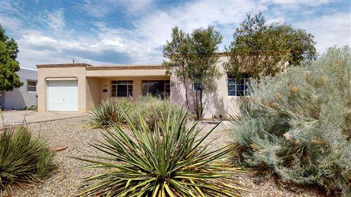 Photo of 1712 CARDENAS Drive NE, Albuquerque, NM 87110 (MLS # 971769)