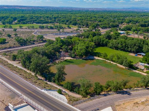 Photo of 10721 EDITH Boulevard NE, Albuquerque, NM 87113 (MLS # 969772)