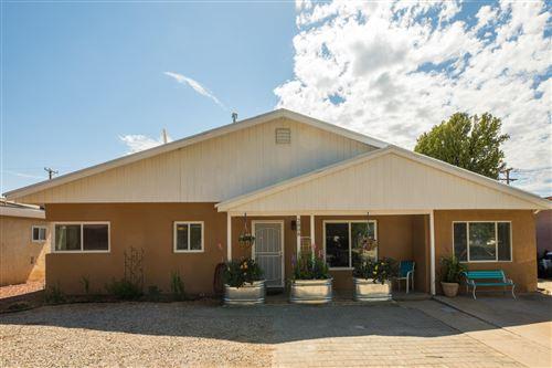 Photo of 2808 TRUMAN Street NE, Albuquerque, NM 87110 (MLS # 971772)