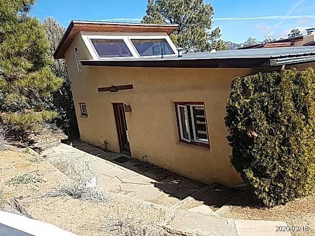 Photo of 66 QUARTZ Trail, Santa Fe, NM 87505 (MLS # 962772)
