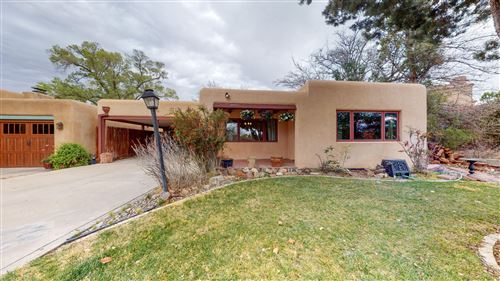 Photo of 1701 San Carlos Drive SW, Albuquerque, NM 87104 (MLS # 963773)