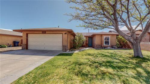 Photo of 6220 PRAIRIE SAGE Drive NW, Albuquerque, NM 87120 (MLS # 990773)