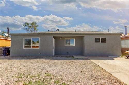 Photo of 120 CONCHAS Street NE, Albuquerque, NM 87123 (MLS # 977774)