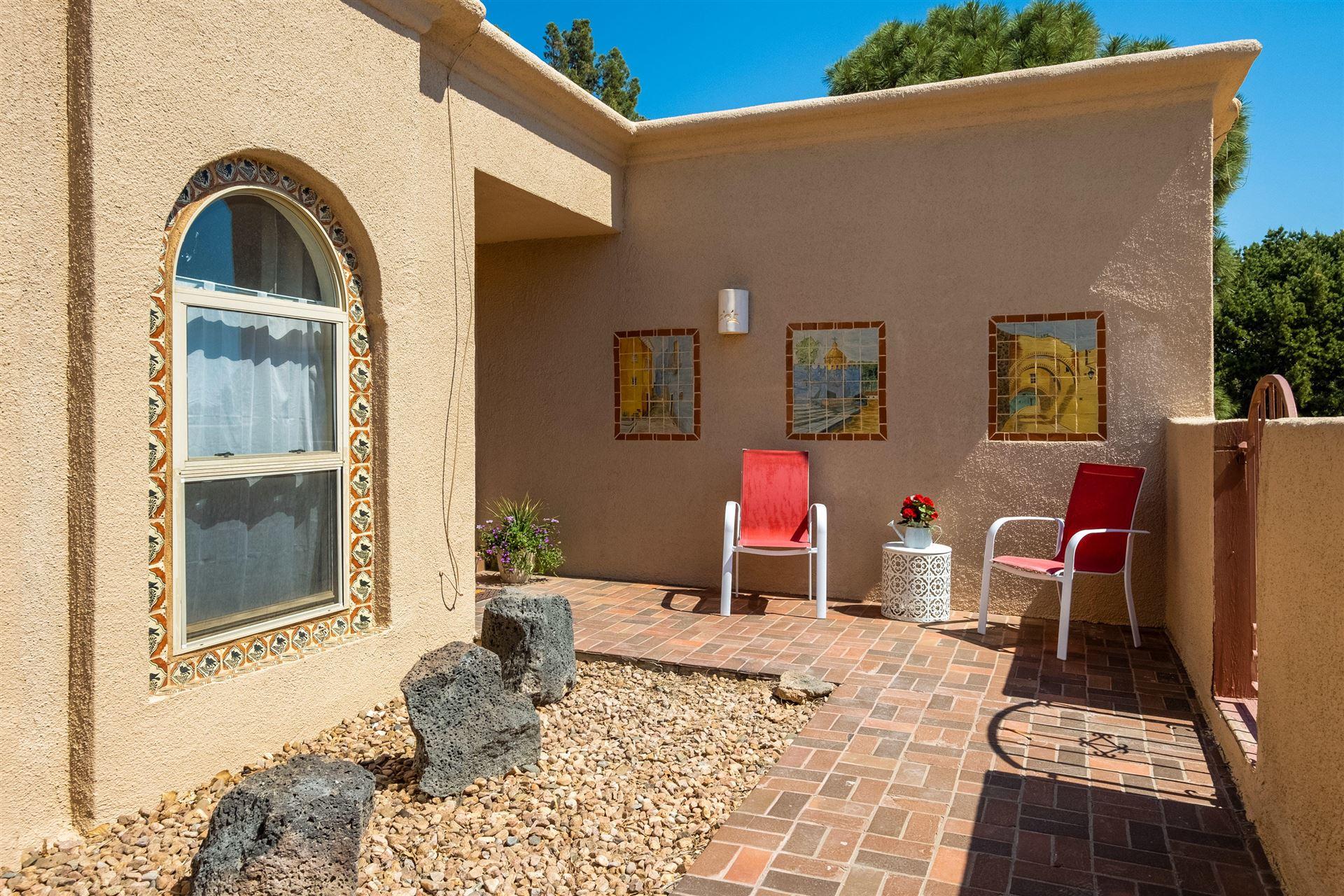Photo of 9699 Asbury Street NW, Albuquerque, NM 87114 (MLS # 994779)