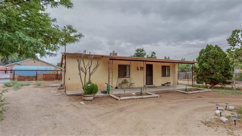 Photo of 8202 Guadalupe Trail NW, Los Ranchos, NM 87114 (MLS # 995780)