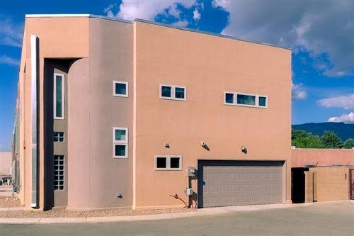 Photo of 4200 Vida Verde Lane NE, Albuquerque, NM 87110 (MLS # 1001786)
