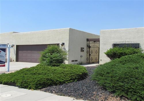 Photo of 3015 Jardin Plaza NE, Albuquerque, NM 87110 (MLS # 970786)
