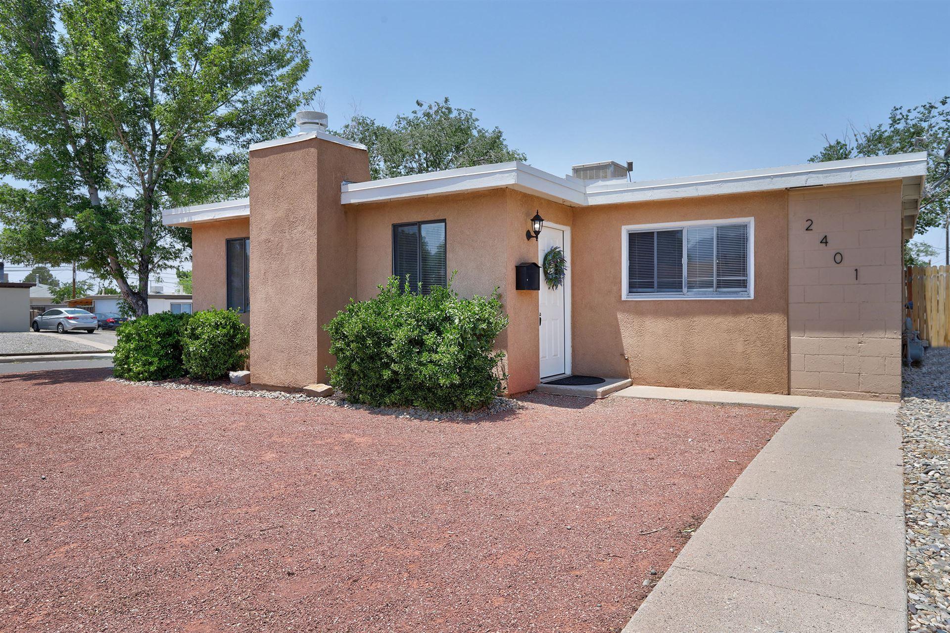 Photo of 2401 MARTHA Street NE, Albuquerque, NM 87112 (MLS # 994786)