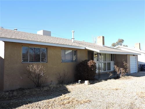 Photo of 2825 LA VETA Drive NE, Albuquerque, NM 87110 (MLS # 983790)
