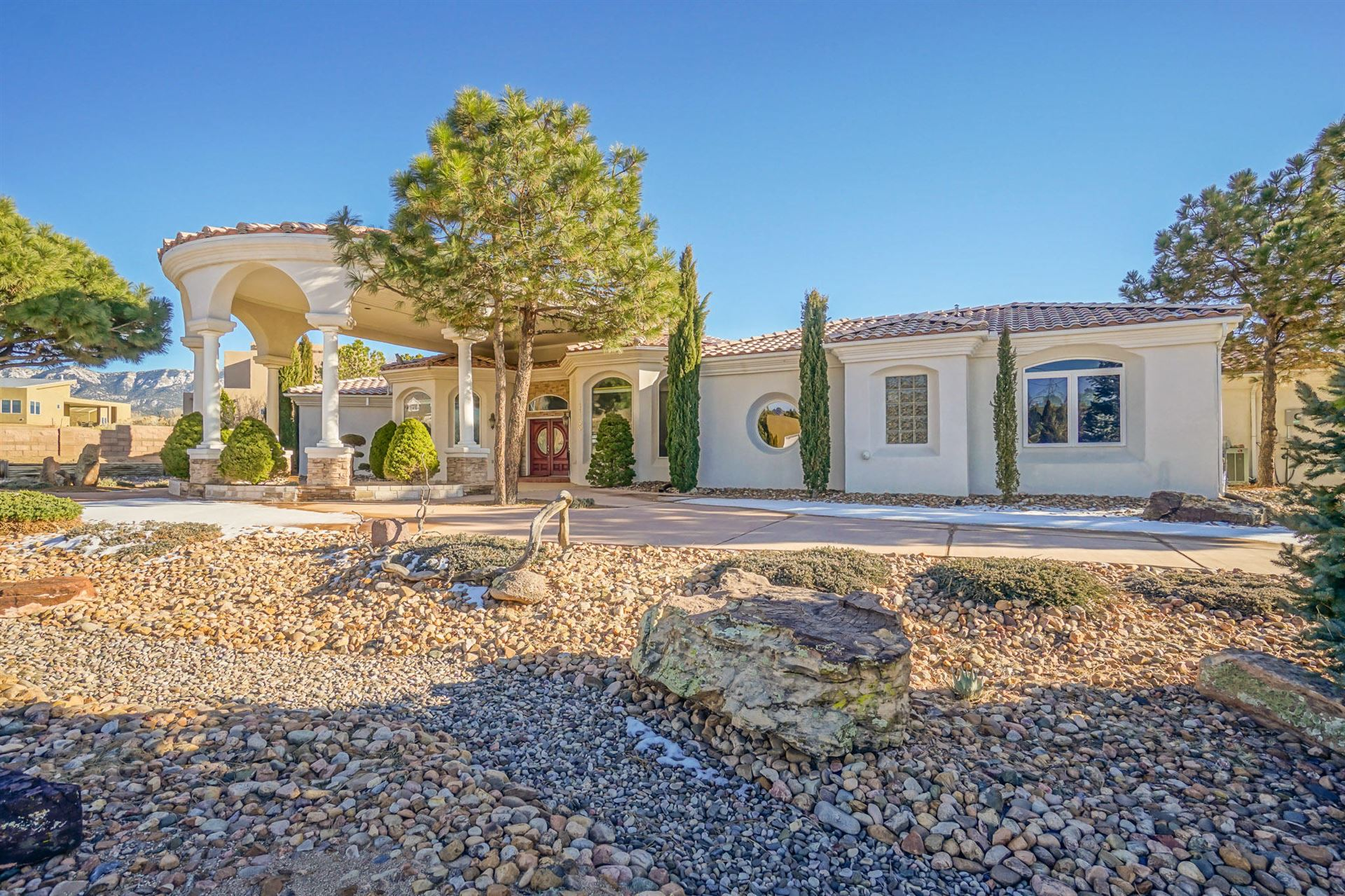 Photo of 11100 SAN BERNARDINO Drive NE, Albuquerque, NM 87122 (MLS # 968791)