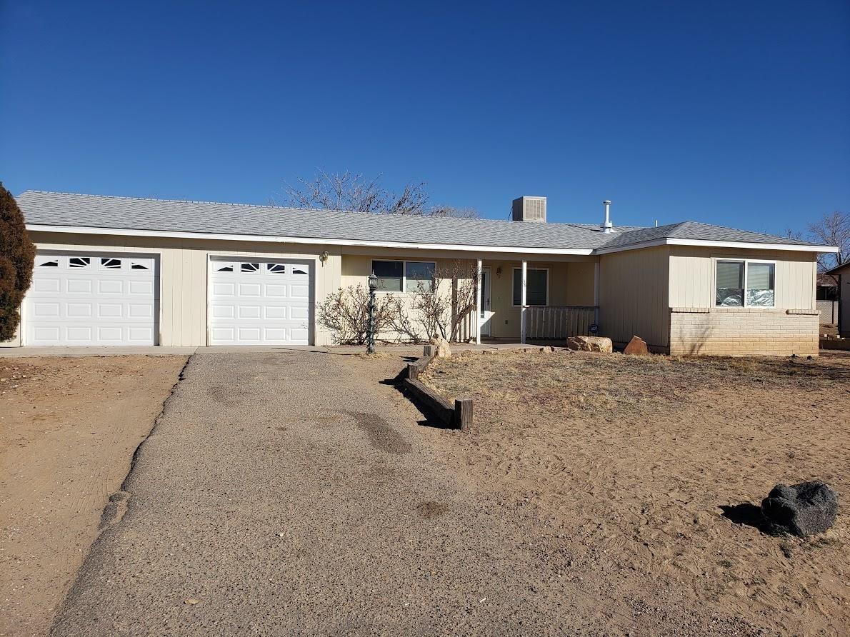 Photo of 38 QUIXOTE Drive SE, Rio Rancho, NM 87124 (MLS # 979794)