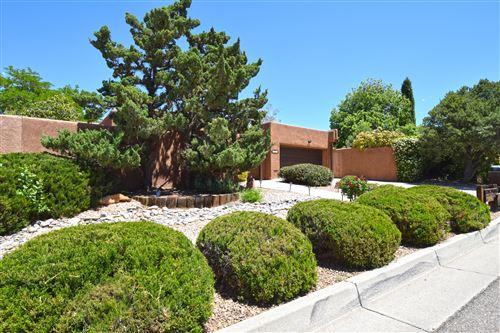 Photo of 6509 PRAIRIE Road NE, Albuquerque, NM 87109 (MLS # 991798)