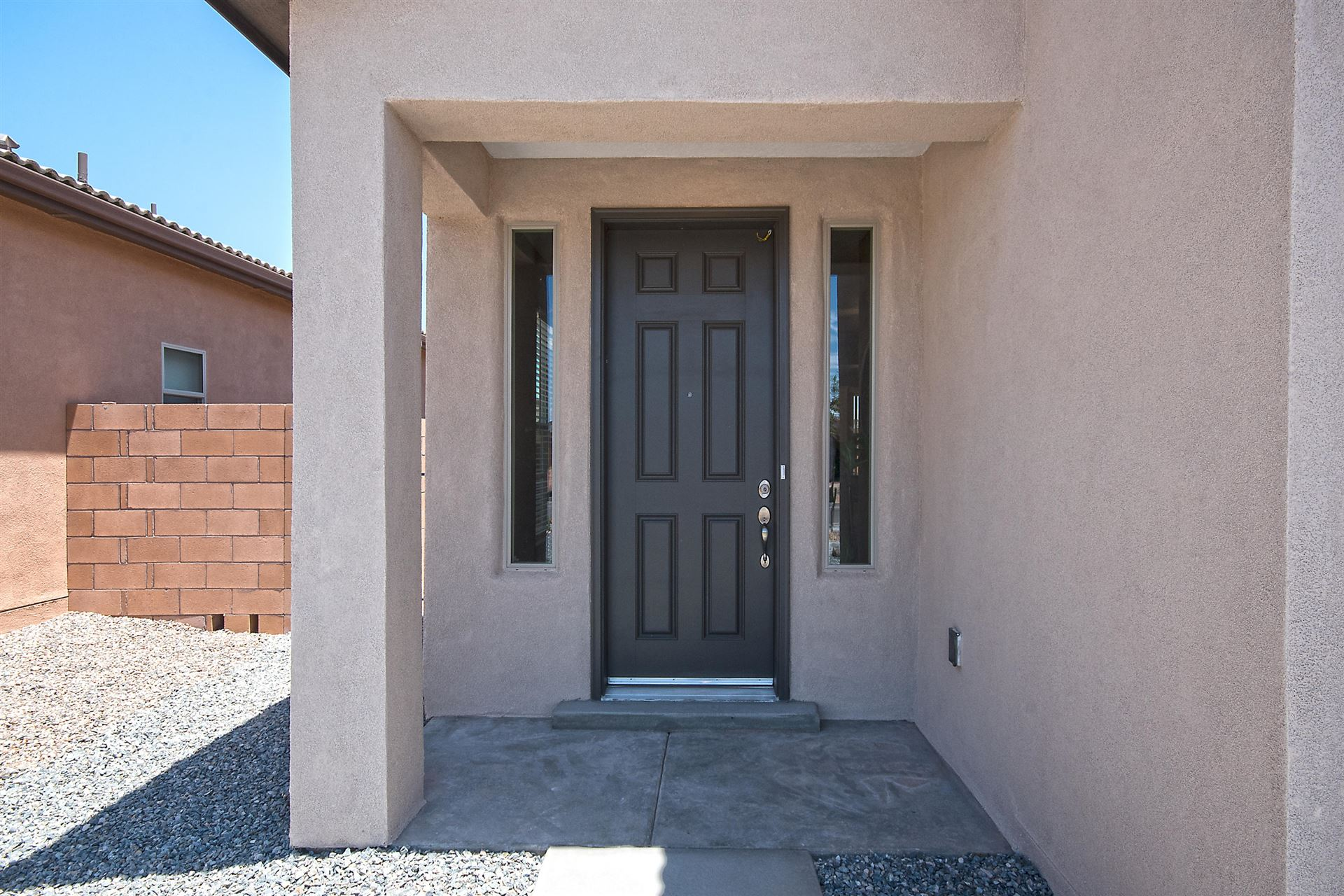 Photo of 4022 Mountain Trail NE, Rio Rancho, NM 87144 (MLS # 971800)