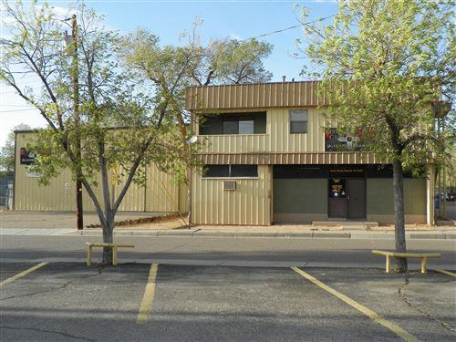 Photo of 367 ARVADA Avenue NE, Albuquerque, NM 87102 (MLS # 989801)